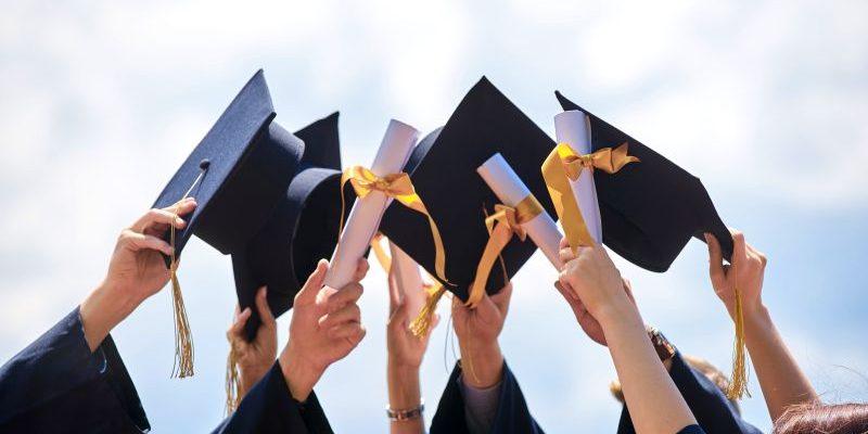 博客10: 大学培养教育是不是重要。
